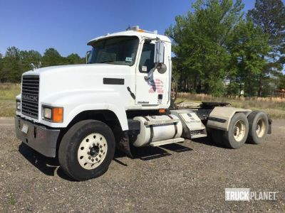2007 Mack CHN613 T/A Day Cab Truck Tractor