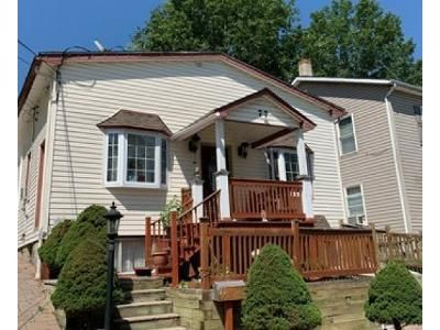 4 Bed 2 Bath Foreclosure Property in Wharton, NJ 07885 - Robert St