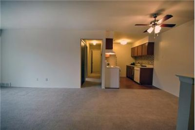 1 bedroom Apartment - Centrally located in Detroit s northwestern suburbs.