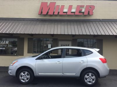 2013 Nissan Rogue S (Silver)