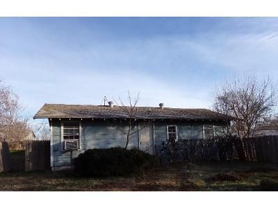 2 Bed 1 Bath Foreclosure Property in Newcastle, OK 73065 - S Country Club Rd