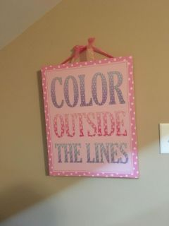 Sparkly Color Outside the Lines Canvas Picture. Approx. 1 ft 4 in x 1 ft 7 in. Gallatin unless going to H ville.