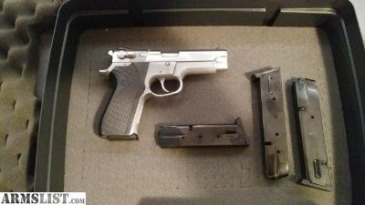 For Sale: Smith & Wesson 5903