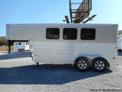2015 Sundowner Super Sport 3 Horse trailer Slant Load Gooseneck