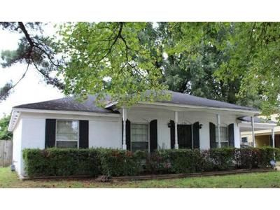 3 Bed 1.5 Bath Foreclosure Property in Memphis, TN 38118 - S Goodlett St