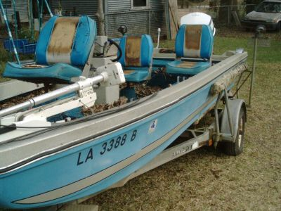 76 Ranger Bass boat, 18', 85 Hp Johnson