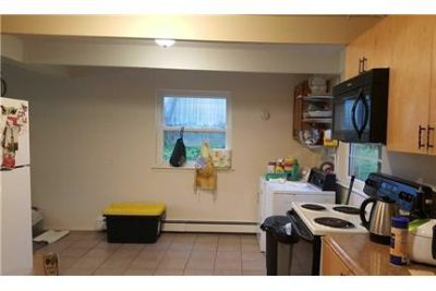 Nice 4 Large Bedroom House, Newly Renovated, Large Bedrooms.