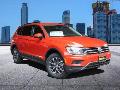 2019 Volkswagen Tiguan (HABANERO ORANGE)