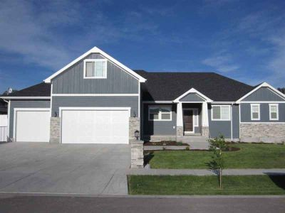 5292 Canterbury Chubbuck Six BR, Beautiful custom built home!