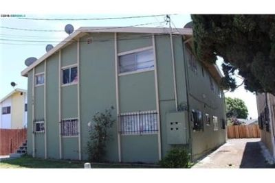 Nice 1 bedroom - This is a great one bedroom unit. Washer/Dryer Hookups!