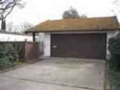 2bed1bath In Modesto Pool Garage Patio Tennis