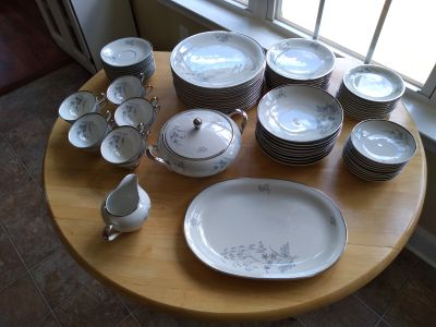 79 piece Edelstein Bavaria China Made in Germany - Read Description
