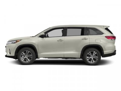 2018 Toyota Highlander LE Plus (Blizzard Pearl)