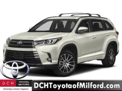 2019 Toyota Highlander (BLIZZARD PEARL)