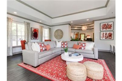 2 bedrooms - Welcome to Point apartment homes.