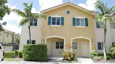 3070 SE 17th Ave 3070 Homestead Three BR, the groves townhome