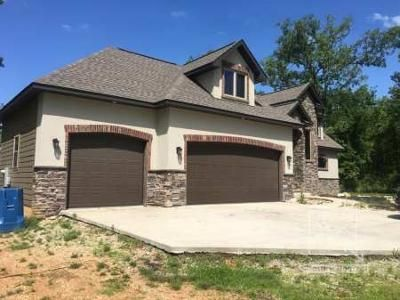 4 Bed 3.5 Bath Foreclosure Property in Reeds Spring, MO 65737 - Limestone Drive