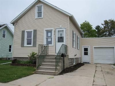 2 Bed 1 Bath Foreclosure Property in Two Rivers, WI 54241 - 12th St