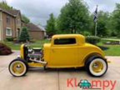 1932 Ford Deuce Coupe High Boy Downs Body