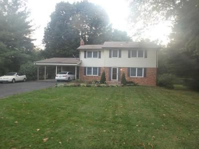 2.5 Bath Preforeclosure Property in Derwood, MD 20855 - Mcdade Ct