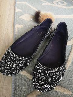 Black with sequins ballerinas