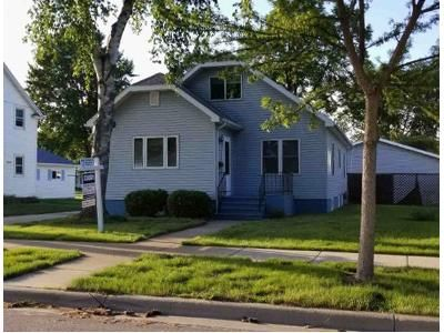 3 Bed 1 Bath Foreclosure Property in Shawano, WI 54166 - W 3rd St