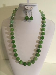 Gorgeous REAL Chunky Green Jade and Silver Tone Bead Gemstone Statement Necklace