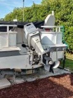 85hp yamaha boat motor used but runs well plus electric boat winch new in box