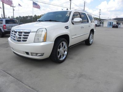 2008 Cadillac Escalade Base (WHI)