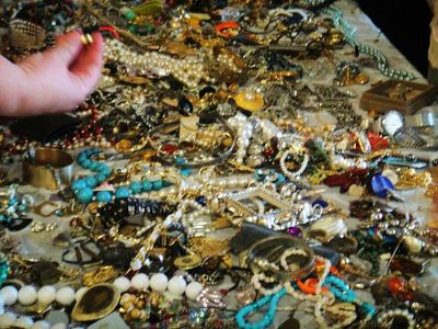 Cash for Costume Jewelry and Old Coins Wanted