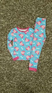 PEPPA PIG, Pajama Set. Lightweight material. Size 5T, but fits more like a 3T. GUC. No Smoke/No Pets.