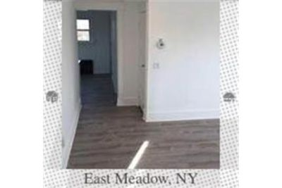 2 Bedroom, 1 Bath 1st Floor apartment With New eat-in kitchen And Bath.