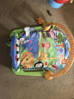 Fisher a price kick and play gym