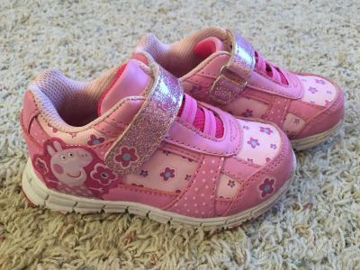 Peppa Pig light up shoes size 8