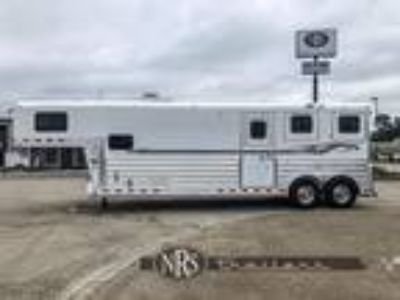 2008 4-Star 2 Horse Straight Load 6' Living Quarters Trailer 2 horses
