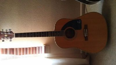 Epiphone Classic Guitar w/ Case
