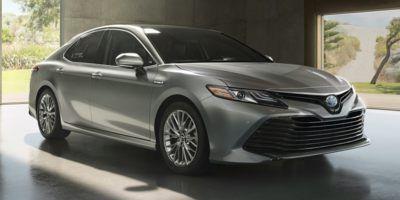 2019 Toyota Camry Hybrid XLE CVT (Celestial Silver Metallic)