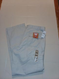 New with tags. Mens 38/34 Dockers cargo jeans