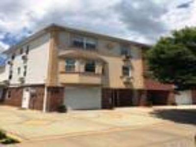 Real Estate Rental - Three BR, 1 1/Two BA Apartment in house