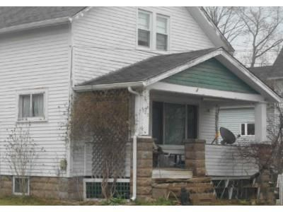 2 Bed 1 Bath Foreclosure Property in Jefferson, OH 44047 - Willis Ave