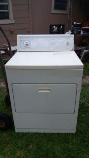 Kenmore electric dryer works good, pick up in Brazoria