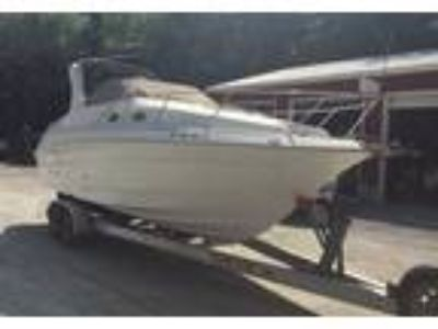 2004 Larson Cabrio-260-Mid-Cabin Power Boat in Pittsboro, NC