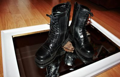 ARMY BOOTS, COMBAT BOOTS!!