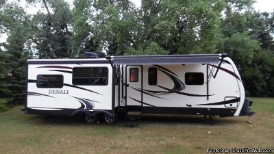 2015 Keystone Denali 287RE Travel Trailer***