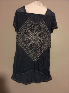 Adorable blue top with white detail and crystals and small studs. Maurice s size med. excellent condition