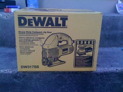 Dewalt Jig Saw and Sander Combo