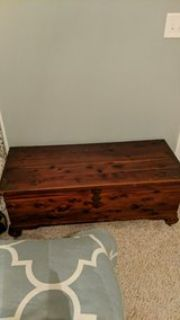 wooden chest/hope chest