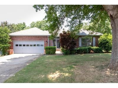 3 Bed 2 Bath Foreclosure Property in Madison, AL 35758 - Ketchum Way
