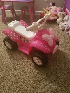 Minnie Mouse Power Wheel