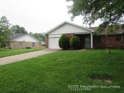 Spacious, Open 2BD/2BA Duplex in Stonebridge Subdivision